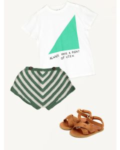 Kalinka green shorts Beau Loves t-shirt Donsje caramel sandals