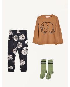 Nadadelazos pants and blouse Piupiuchick socks